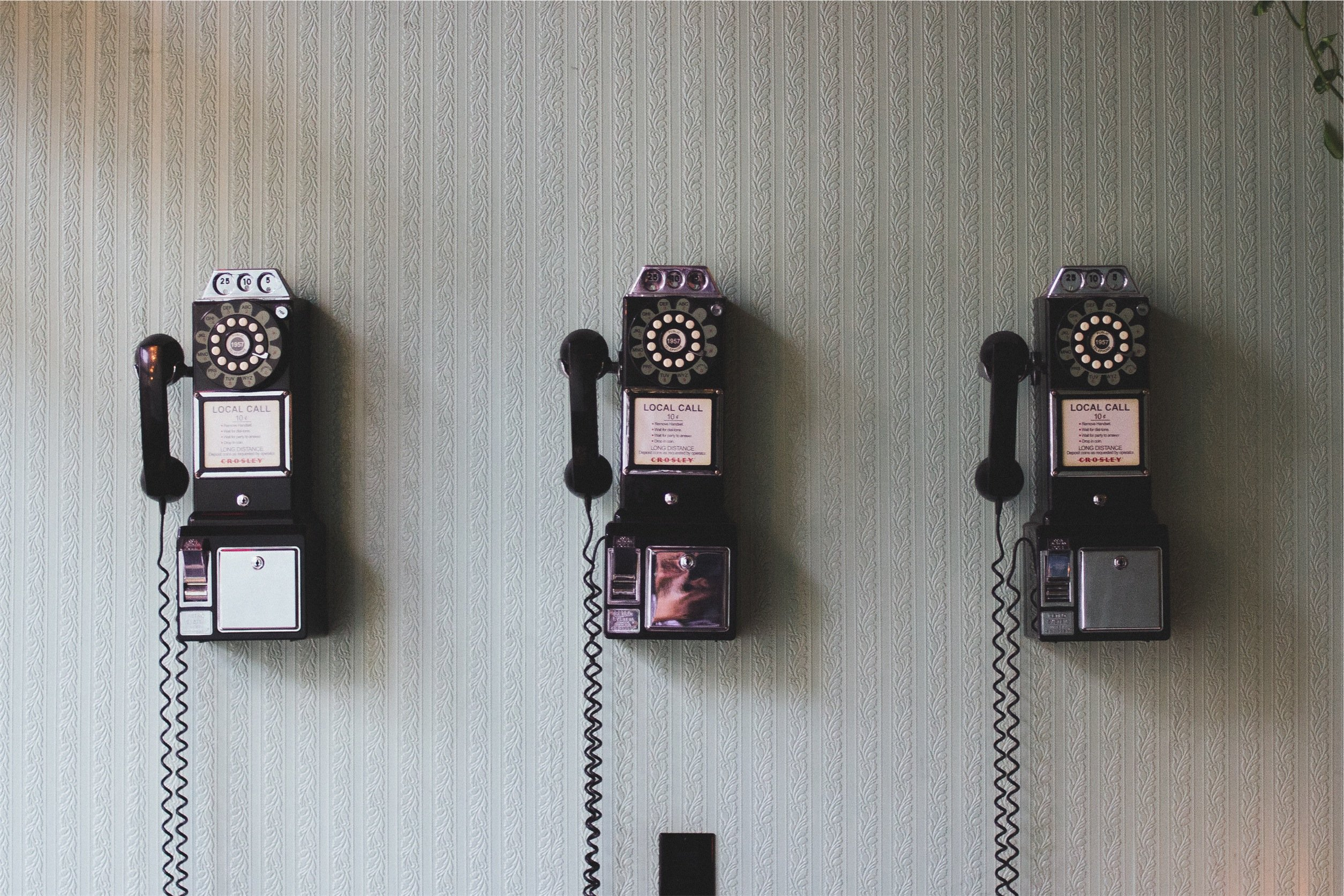 In-house Vs. Outsourced Telemarketing – Which is better?